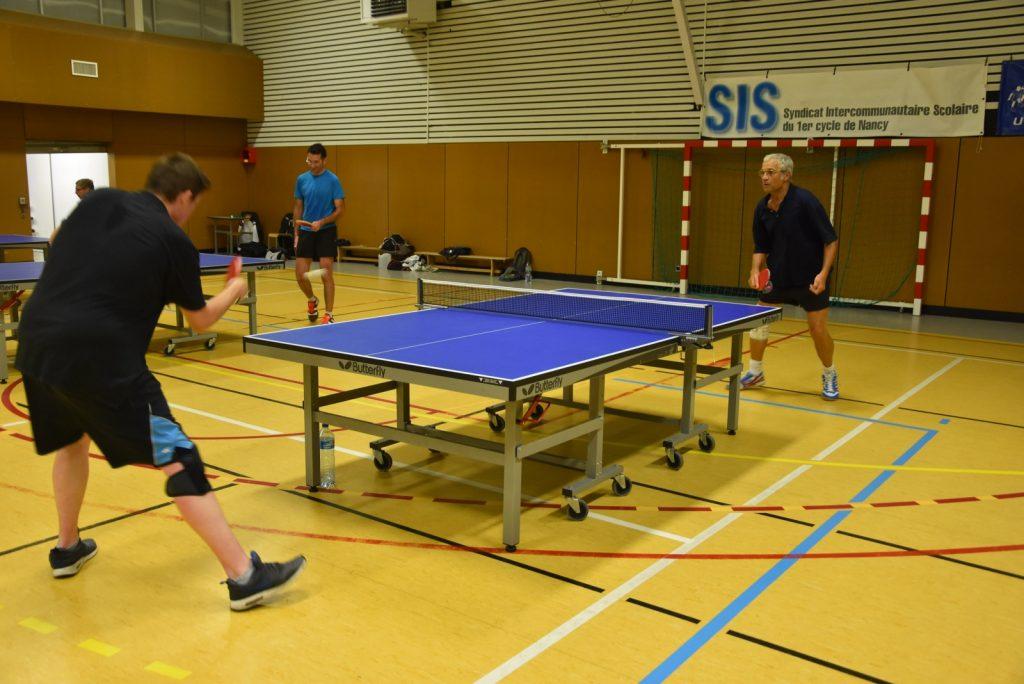 Entrainement tennis de table à Essey Les Nancy